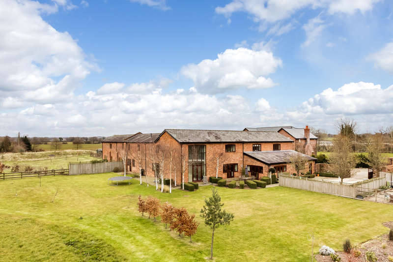 5 Bedrooms Unique Property for sale in Merry Farm Drive