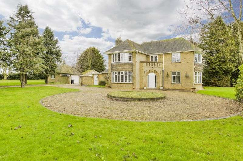 5 Bedrooms Detached House for sale in Bourne Road, Langtoft, Peterborough, Lincolnshire