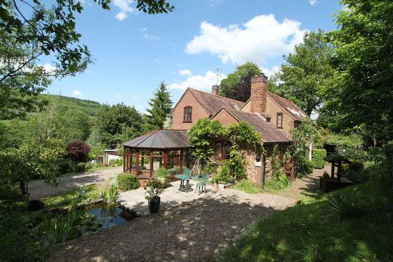 4 Bedrooms Detached House for sale in Rural location, nr Great Witley