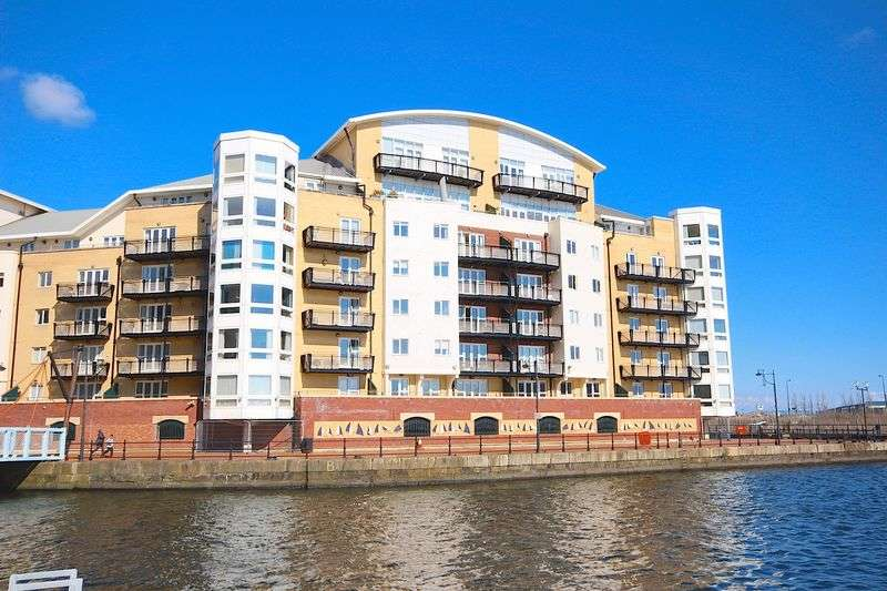 2 Bedrooms Flat for sale in Adventurers Quay, Cardiff **Penthouse Apartment**