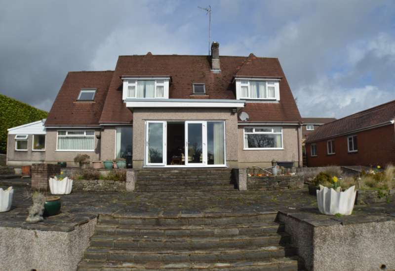 6 Bedrooms Detached House for sale in Badgers Wood Pentre-Poeth Road