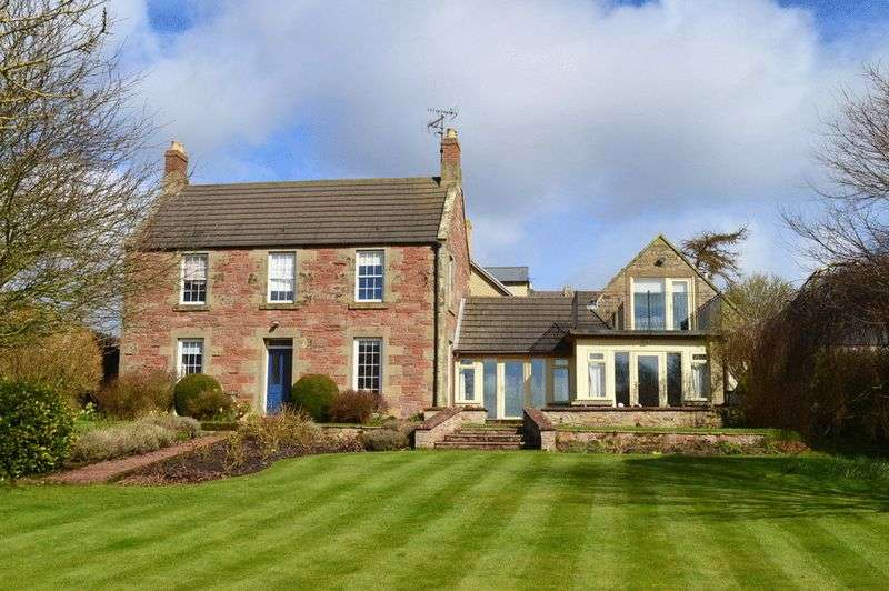 4 Bedrooms Detached House for sale in Crosshill, Chirnside, Duns, Berwickshire