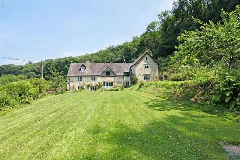 5 Bedrooms Detached House for sale in Wick Street, Painswick