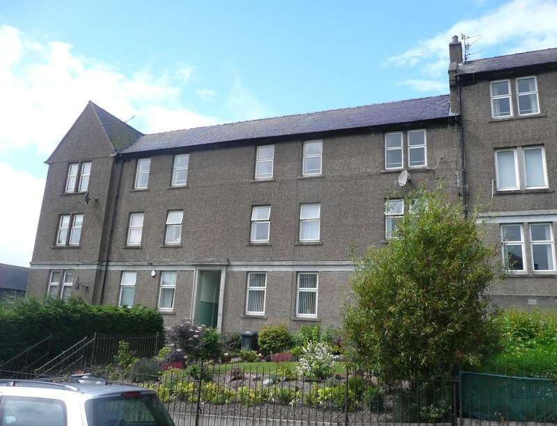 3 Bedrooms Flat for sale in Arklay Street, Dundee, DD3