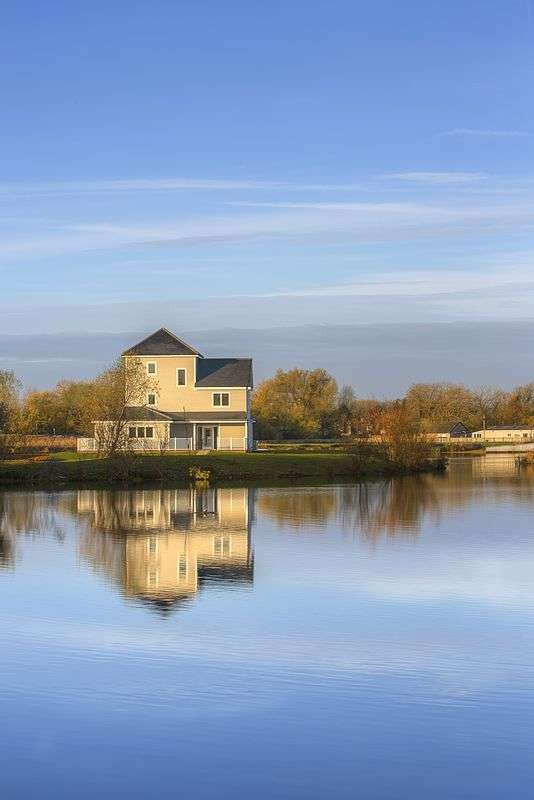 5 Bedrooms Detached House for sale in Plot 46 The Super Grand Hampton, Summer Lake, Spine Road, South Cerney, Nr. Cirencester, GL7 5LW