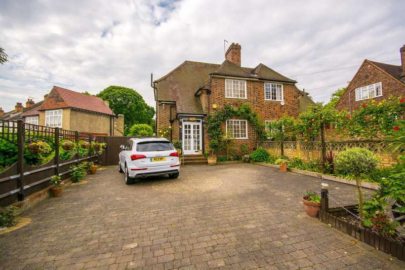 3 Bedrooms Cottage House for sale in Dunoon Road, Forest Hill, SE23