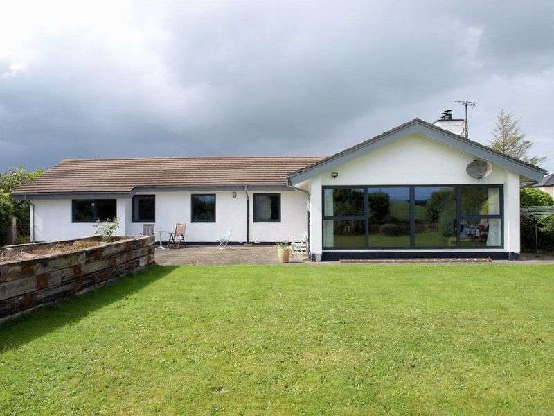 3 Bedrooms Detached Bungalow for sale in Detached Bungalow and Building Site