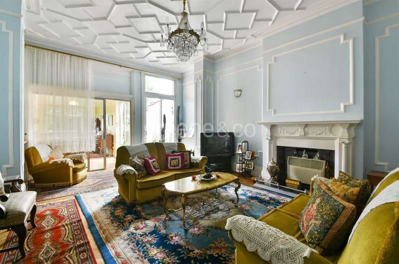 7 Bedrooms Semi Detached House for sale in Crediton Hill, West Hampstead, London, NW6
