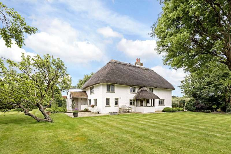 4 Bedrooms Detached House for sale in Piggery Hall Lane, West Wittering, Chichester, West Sussex, PO20