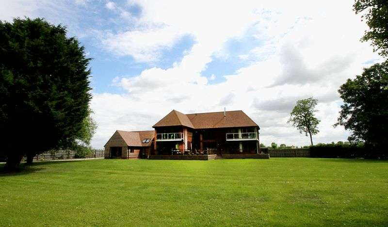 5 Bedrooms Detached House for sale in Nr Wantage, Oxfordshire