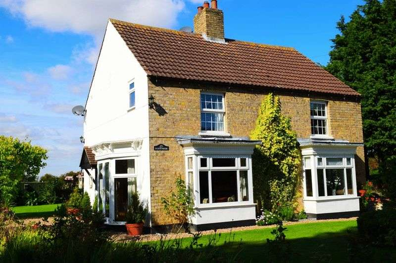 3 Bedrooms Detached House for sale in Alford Road, Thoresthorpe