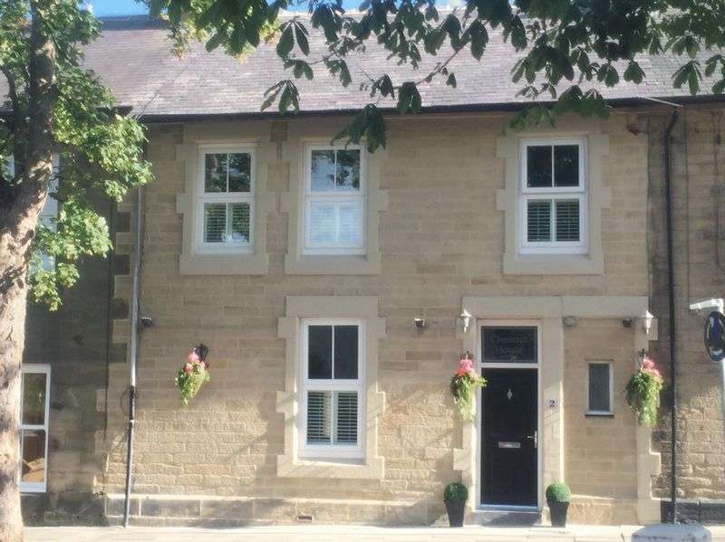 5 Bedrooms Terraced House for sale in 2 Dacre Street, Morpeth - Five Bedroom Terrace House