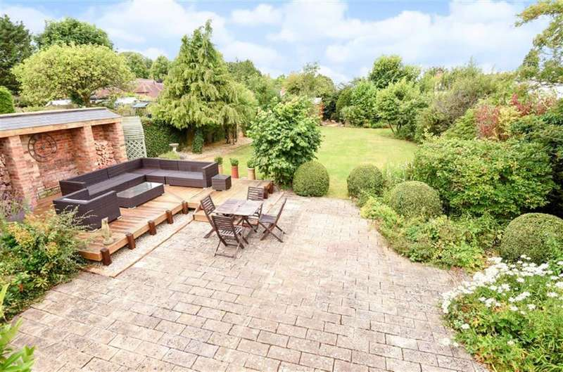 4 Bedrooms Property for sale in Chiseldon, Wiltshire