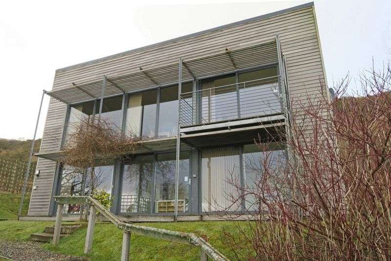 Detached House for sale in PACKAGE OF 2 PROPERTIES: Family home and modern holiday let, sea views