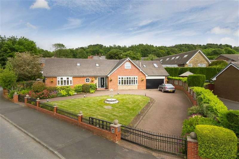 5 Bedrooms Property for sale in Hillside Avenue, Shaw, OLDHAM, Greater Manchester, OL2