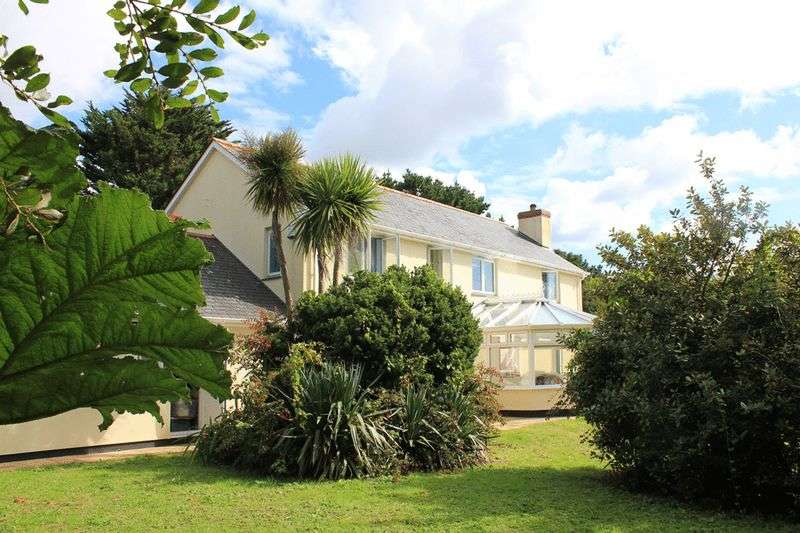5 Bedrooms Detached House for sale in St. Mawes