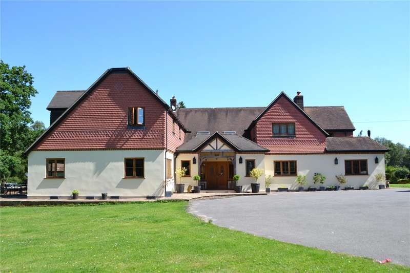 7 Bedrooms Detached House for sale in High Beeches Lane, Handcross, West Sussex, RH17