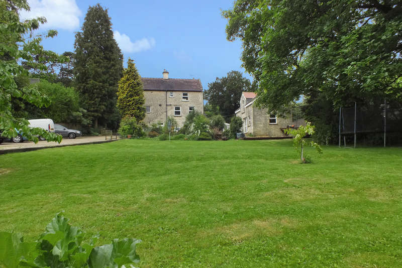 6 Bedrooms Detached House for sale in Edge