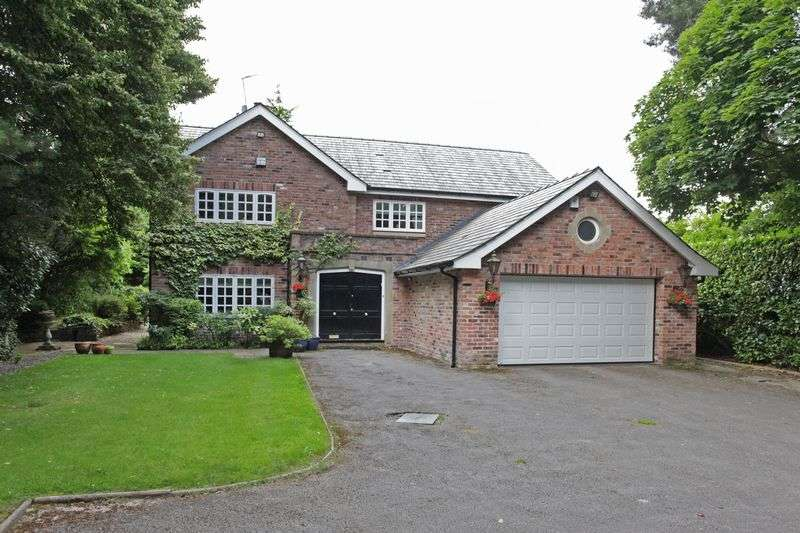 4 Bedrooms Detached House for sale in South Downs Road, Bowdon