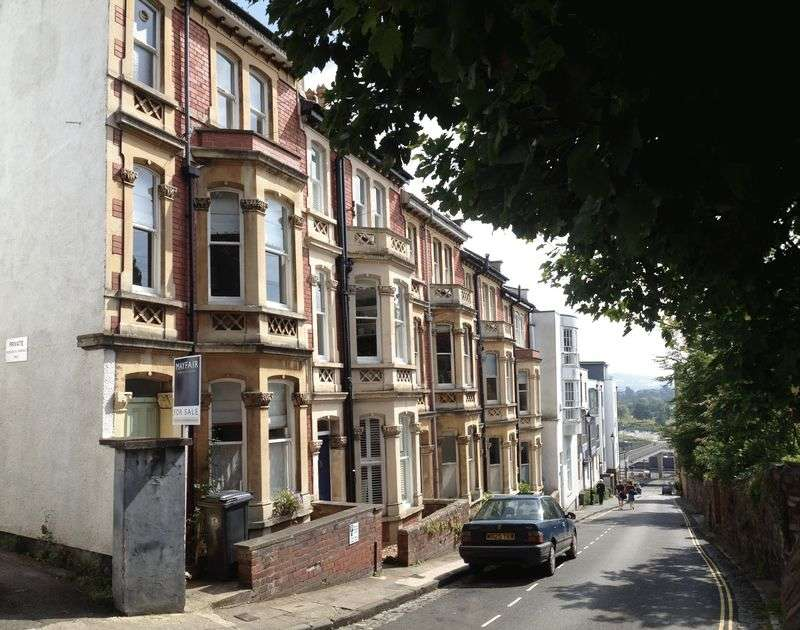 4 Bedrooms Terraced House for sale in Granby Hill, Bristol