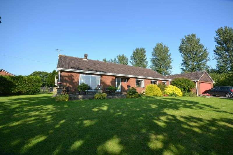 4 Bedrooms Detached Bungalow for sale in PLUMTREE LANE, WHIMPLE