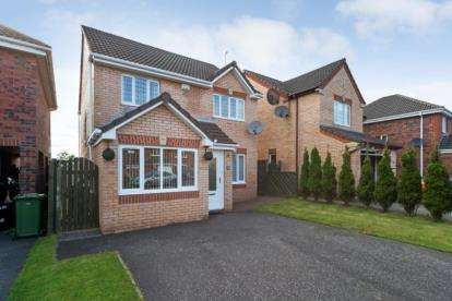 3 Bedrooms Detached House for sale in Leglen Wood Drive, Robroyston, Glasgow