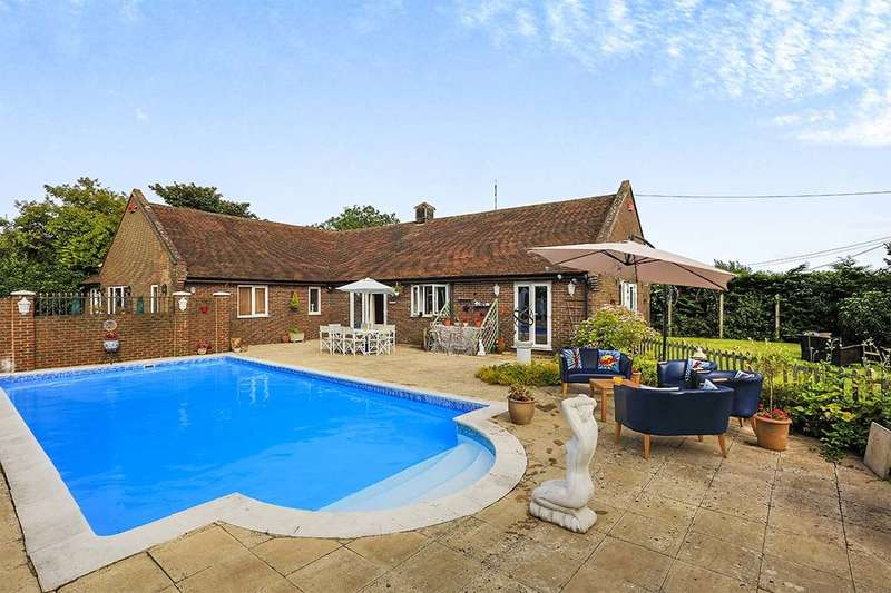 4 Bedrooms Detached Bungalow for sale in Pond Cottage Crooks Court Lane, West Hougham, Dover, CT15
