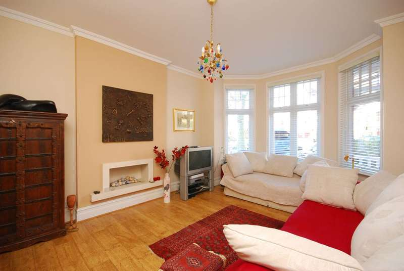 5 Bedrooms House for sale in Redston Road, Crouch End, N8