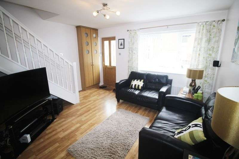 2 Bedrooms House for sale in Beech Court, Elland