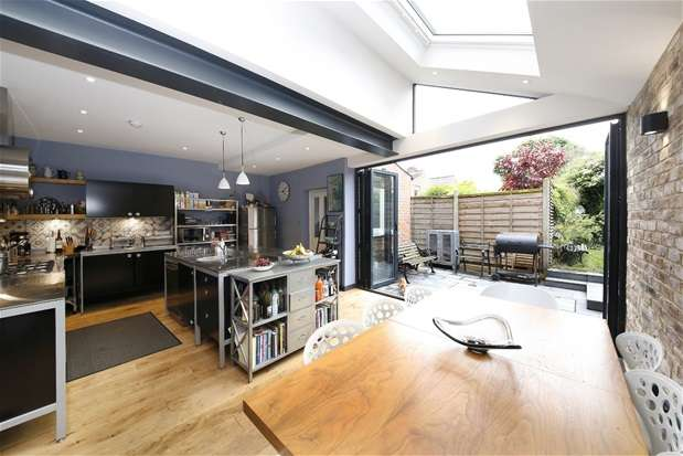 5 Bedrooms Semi Detached House for sale in Park Hall Road, Dulwich