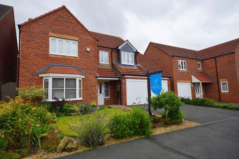 4 Bedrooms Detached House for sale in Blithfield Way, Stoke-On-Trent