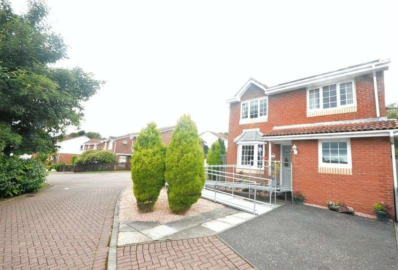 4 Bedrooms Detached House for sale in Pitkevy Gardens, Formonthills, Glenrothes
