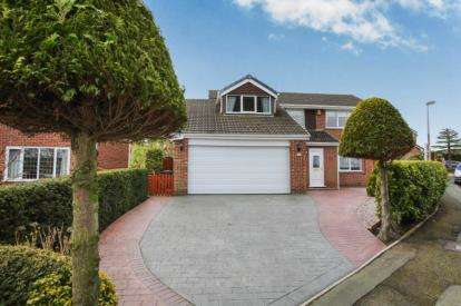4 Bedrooms Detached House for sale in Westbrook Road, Kingsley, Frodsham, Cheshire