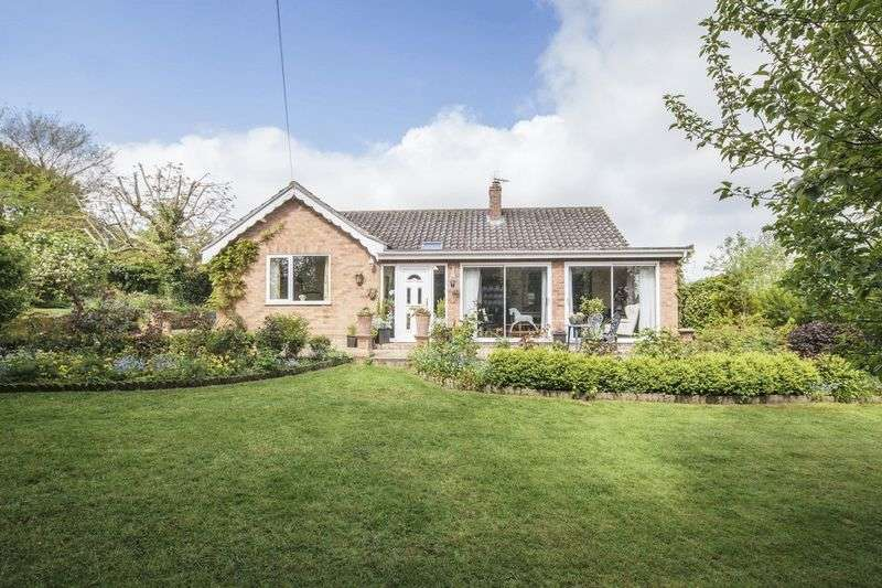 3 Bedrooms Detached Bungalow for sale in Fressingfield