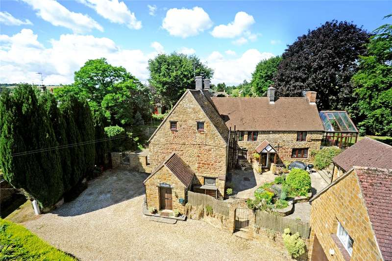 4 Bedrooms Detached House for sale in High Street, Byfield, Daventry, Northamptonshire, NN11
