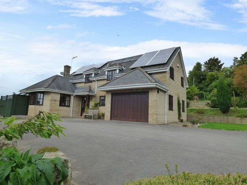 4 Bedrooms Detached House for sale in Vicarage Road, Tisbury