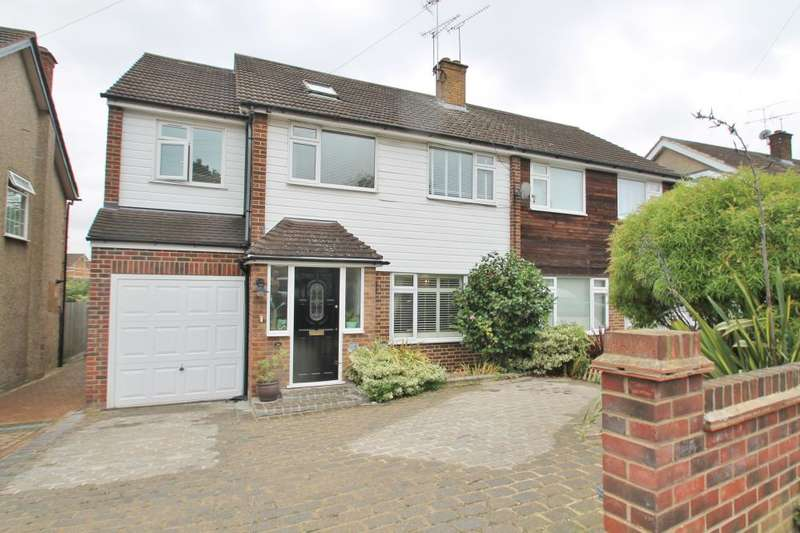 5 Bedrooms Semi Detached House for sale in WANNOCK GARDENS, HAINAULT