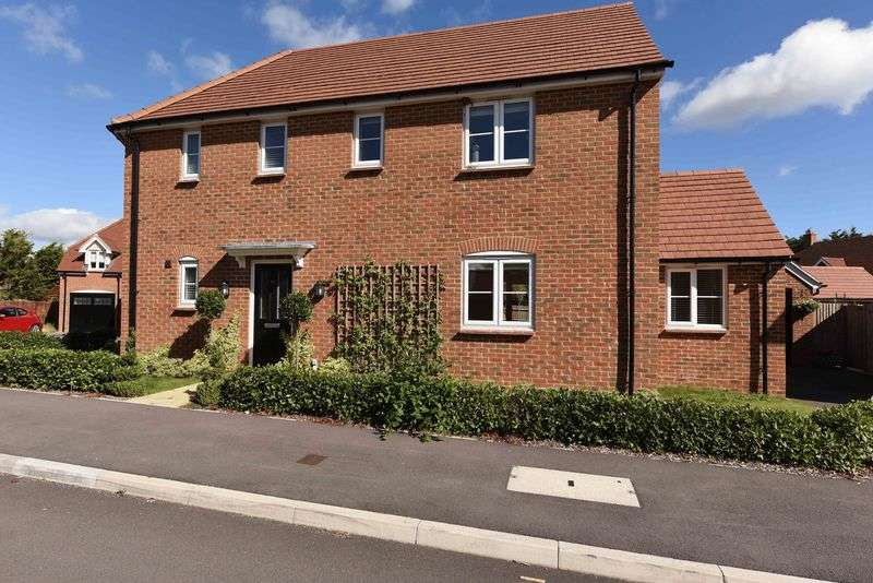4 Bedrooms Detached House for sale in Viewings available SATURDAY 24/9/16 - call to BOOK your time!