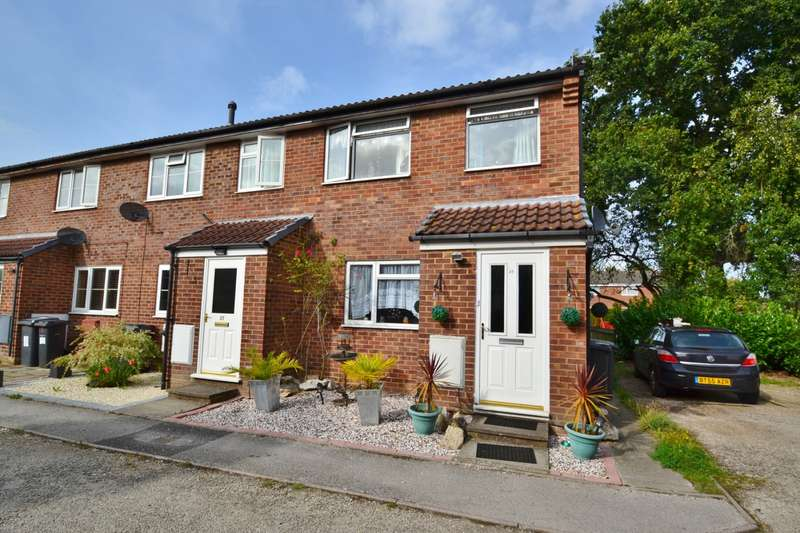 Semi Detached In Chesildene Avenue Bournemouth BH8 Bh8 0ep Throop And Muscliff