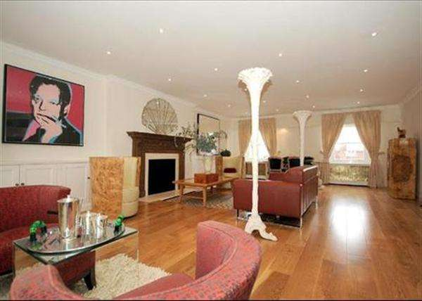 Flat in  Clarence Terrace  London  NW1  Richmond