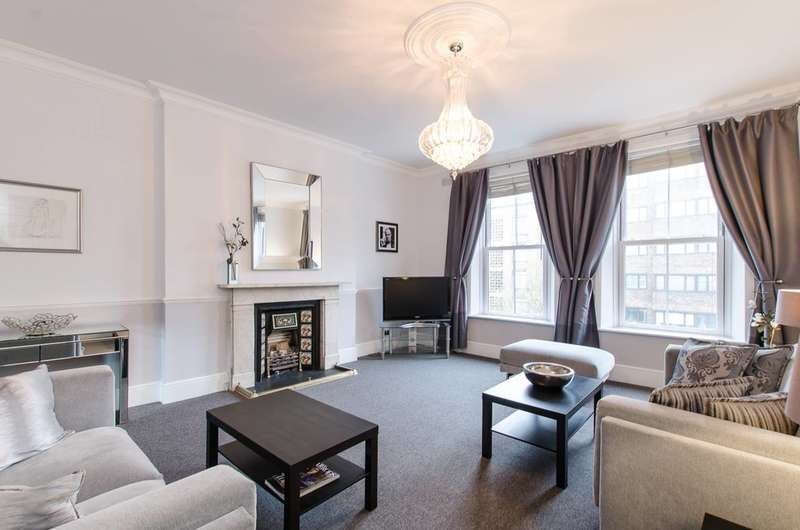 Flat in  Earls Court Road  London  W8  Richmond