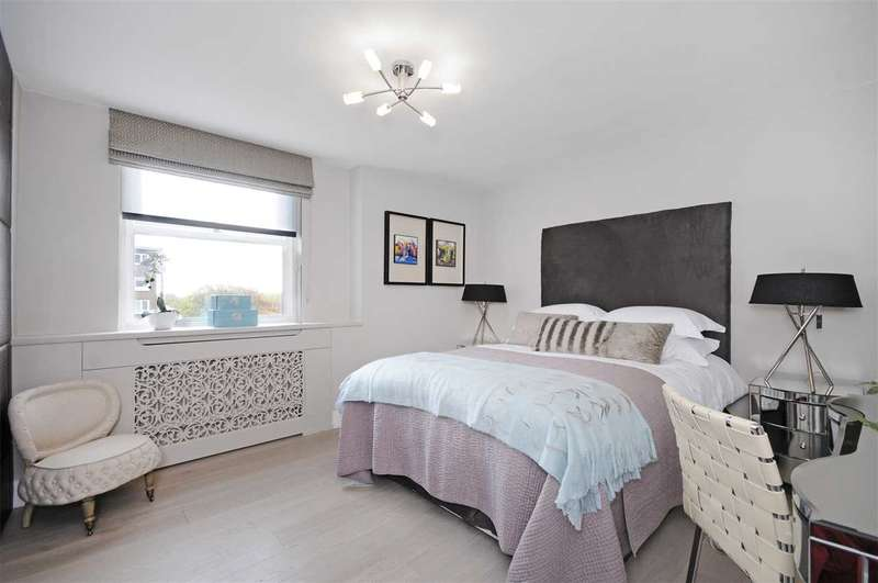 Flat in  St Johns Wood Park  London  NW8  Richmond