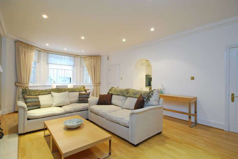 Flat in  Queens Gate  Kensington  SW7  Richmond