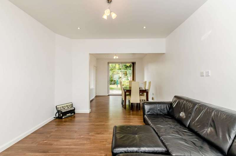 Semi Detached in  Torrington Drive  Harrow  HA2  Richmond