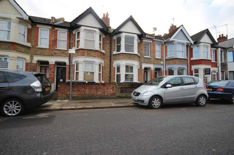 Flat in  Fortune Gate Road  London  NW10  Richmond