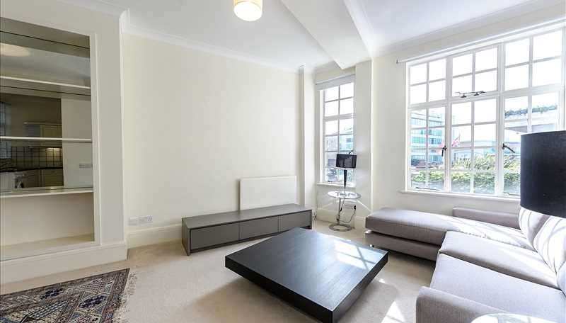 Flat in  Park Road  London  NW8  Richmond