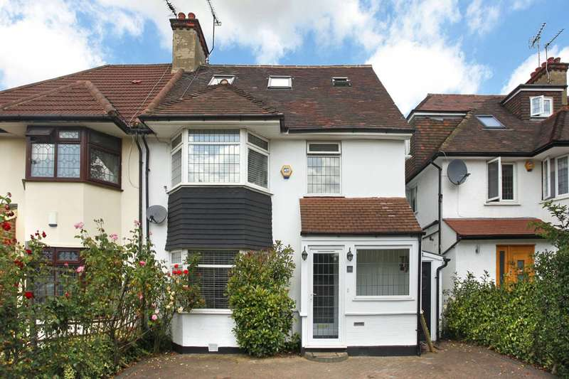 Semi Detached in  The Vale  Golders Green  NW11  Richmond