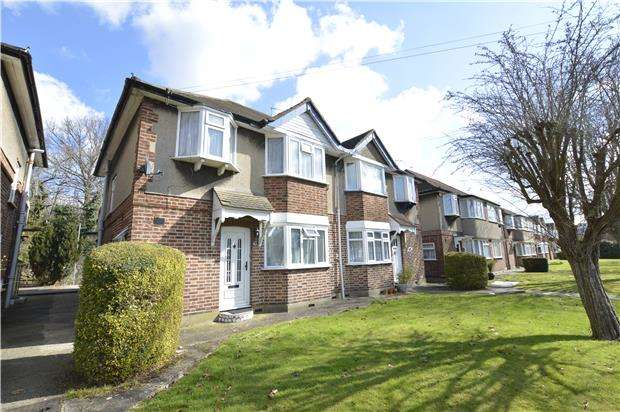 Flat in  Lowther Road  Stanmore  HA7  Richmond