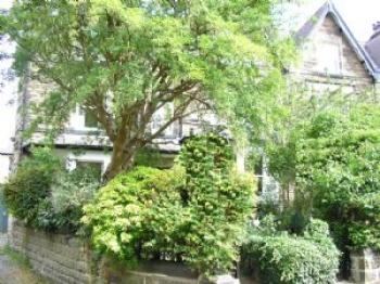 4 Bedrooms Terraced House for sale in 4 bedroomed unfurnished end terrace house