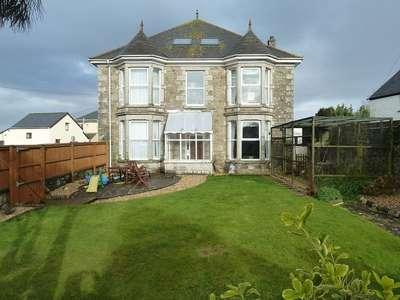 5 Bedrooms Detached House for sale in Nr Hayle, West Cornwall